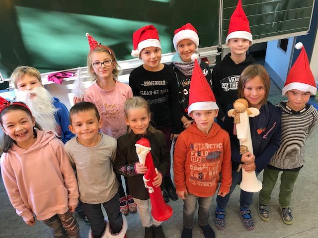 11 Klassen -11 Kinder – ein gemeinsames Weihnachtsbasteln (Vorankündigung)
